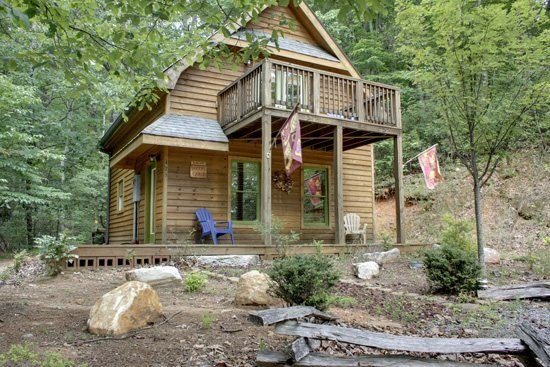 HIKER`S CABIN,DESIGNED FOR THE OUTDOORSMAN! A HIKER`S PARADISE,BRING YOUR - Image 1 - Blue Ridge - rentals