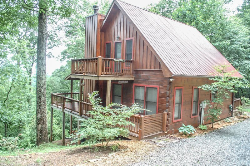 INTO THIN AYER- 2BR/2BA- CABIN WITH AN AWESOME MOUNTAIN VIEW SLEEPS 4, PET - Image 1 - Blue Ridge - rentals