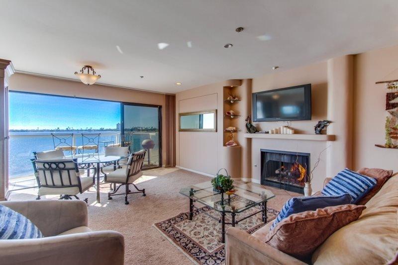 Nancy`s Riviera Villas Condo on Mission/Sail Bay, Balcony, View - Image 1 - San Diego - rentals
