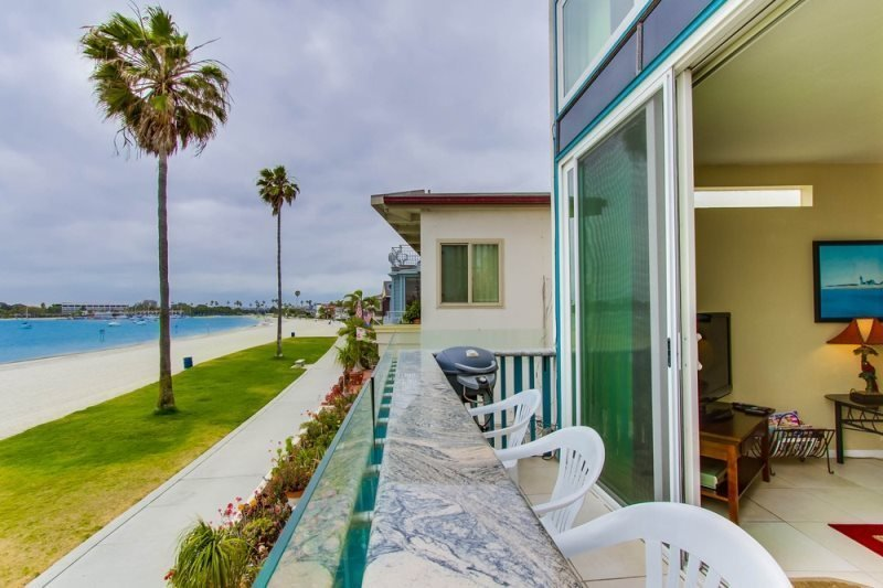 Bob`s Bay Front Paradise: Bayfront, Panoramic View, Balcony - Image 1 - San Diego - rentals