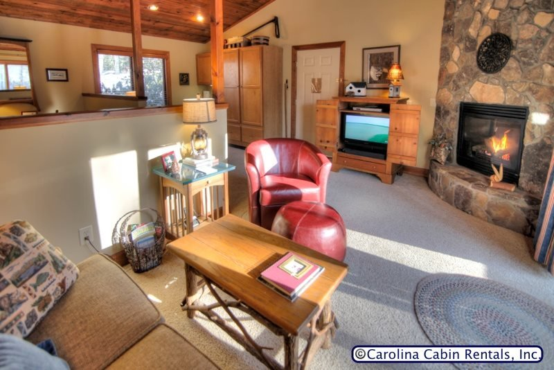 1BR Cottage Nestled at Yonahlossee Resort, King Bed, Jetted Tub, Fireplace - Image 1 - Boone - rentals