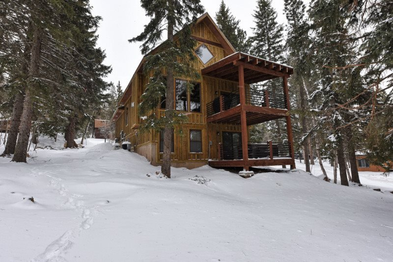 Lost Buffalo Lodge - Image 1 - Lead - rentals