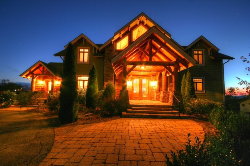 5BR Luxury Adirondack-style Mountain Home offering Panoramic Views and - Image 1 - Vilas - rentals