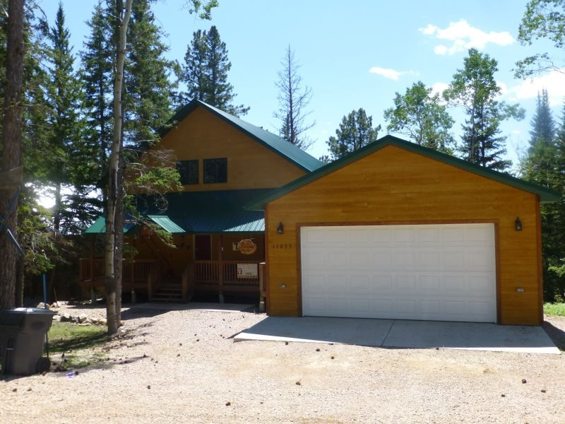 Lost Antler Lodge on Terry Peak - Image 1 - Lead - rentals