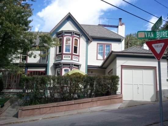 Deadwood Victorian Home! 51 Van Buren St. - Image 1 - Deadwood - rentals