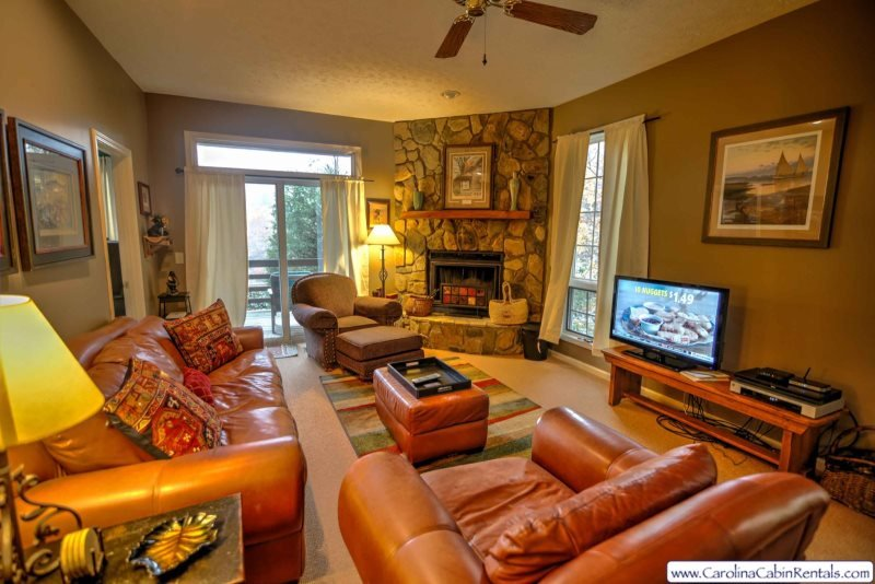 2BR Cozy Condo at Yonahlossee, Near Blowing Rock & Boone!, Wood Burning - Image 1 - Boone - rentals