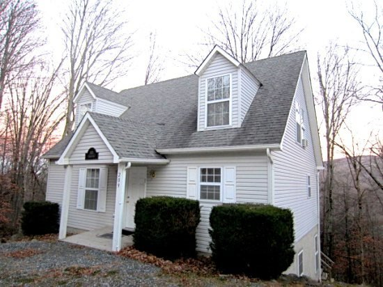 Affordable, 5 bedroom property on Beech Mountain. Master on Main. 0.5 Miles - Image 1 - Beech Mountain - rentals