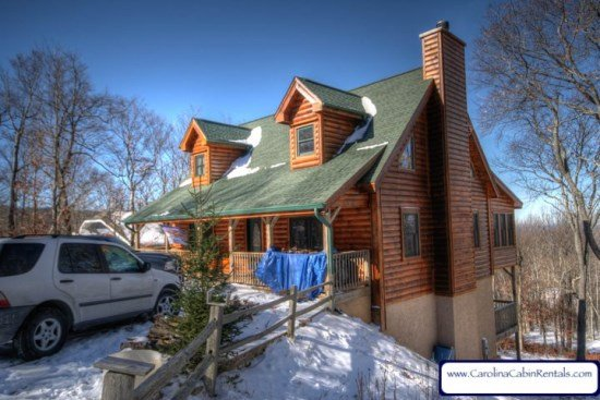 4BR Bath Log Cabin on Beech Mountain with Hot Tub, Pool Table, Foosball, 2 - Image 1 - Beech Mountain - rentals