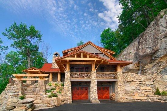 4BR Luxury Home In The Lodges at Eagle`s Nest, Long Range Views, 3 King Suites - Image 1 - Banner Elk - rentals