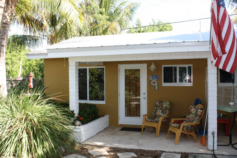 Unit 9, two single beds, sofa with coffee table and small dining table for two. Open patio - Studio located 50 yards from ocean, Unit 9 - Grassy Key - rentals