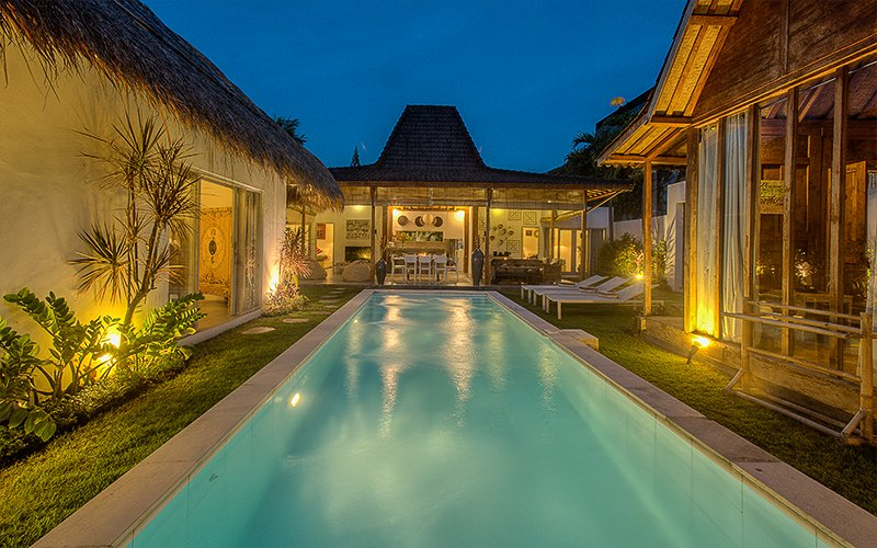 Villa view at night - #D3 Charming and Relaxing Villa Seminyak Oberoi - Seminyak - rentals