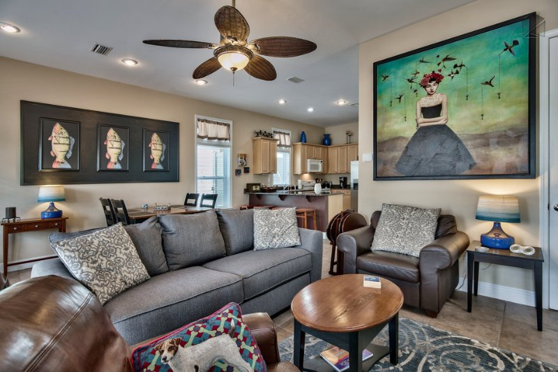 Watch the game or just kick back and enjoy the natural light flowing into the living room. - Gorgeous home near community pool, walk or bike to beach, front porch swing - Hunky Dory - Santa Rosa Beach - rentals