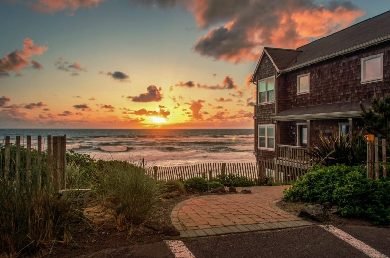 Bellaview~ Ocean Front - Image 1 - Lincoln Beach - rentals
