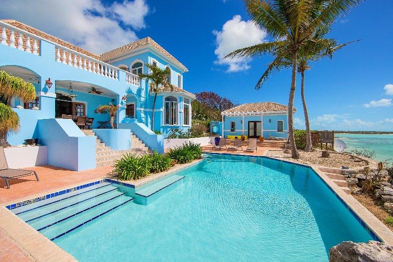Three Cays Villa, Sleeps 4 - Image 1 - Providenciales - rentals