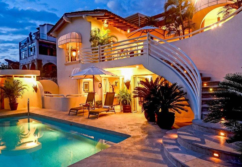 Casa Tabachin, Sleeps 16 - Image 1 - Puerto Vallarta - rentals