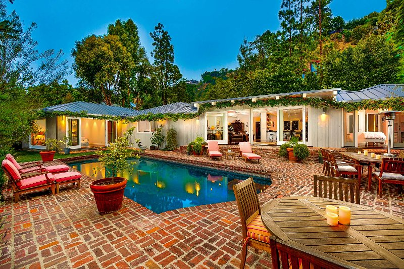 Sanctuary in the Hills, Sleeps 8 - Image 1 - Beverly Hills - rentals