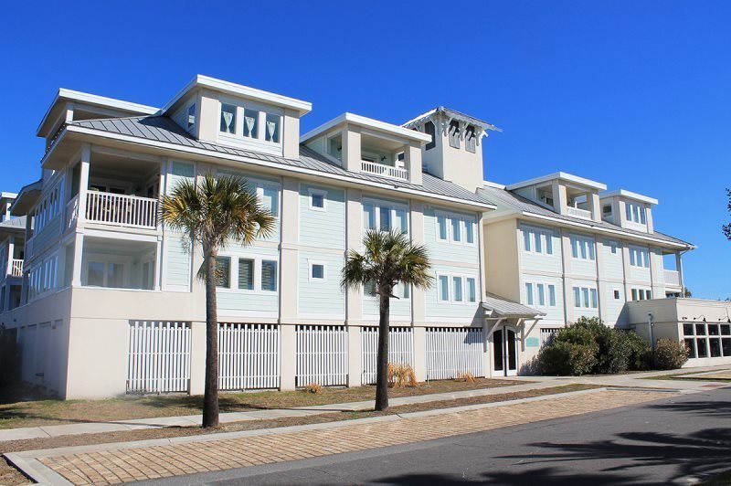 Captains Watch - Unit 15 - One Block from the Beach - Close to Shops - Swimming Pool - FREE Wi-Fi - Image 1 - Tybee Island - rentals