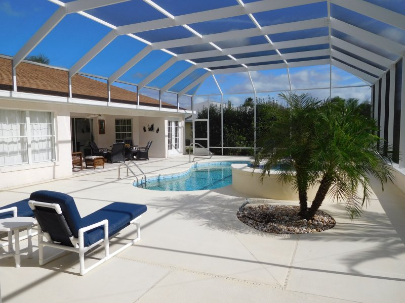 lovely pool with spa - 3 bedroom Villa with Golfview, spa and pool - Inverness - rentals