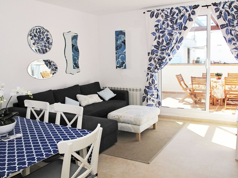 Bright penthouse with private terrace in Sitges. - Image 1 - Sitges - rentals