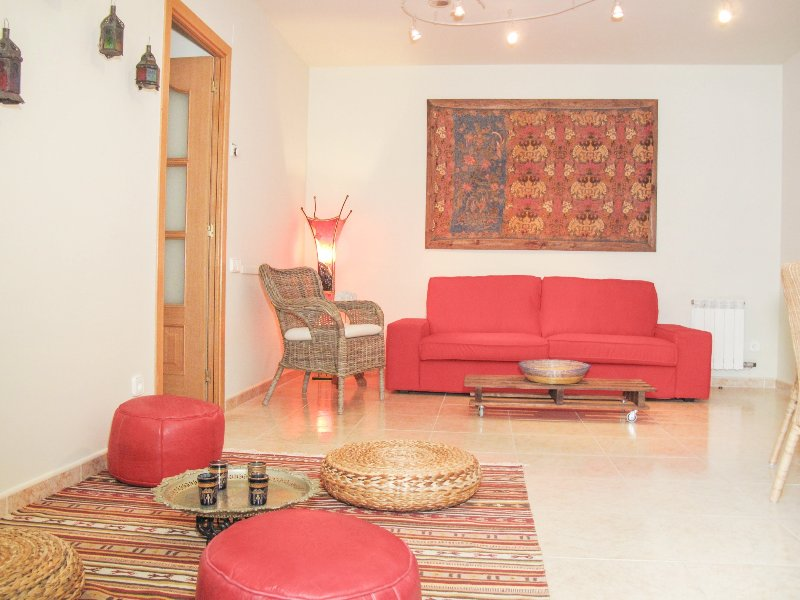 Ground floor with refreshing private patio in Sitges. - Image 1 - World - rentals