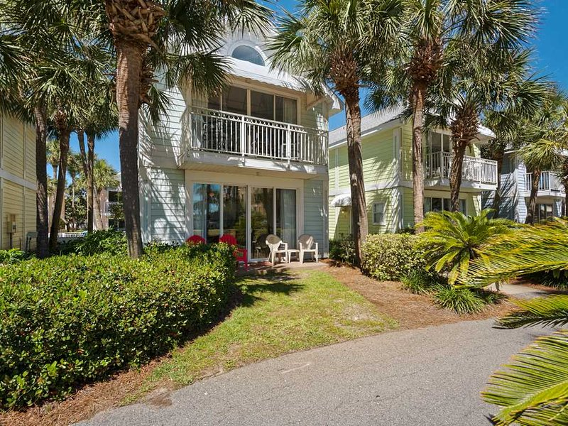 Nantucket Rainbow Cottages 05B - Image 1 - Destin - rentals