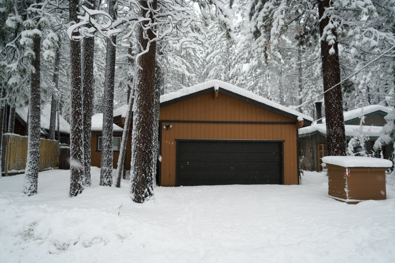 Cabin front - Comfy South Lake Tahoe Cabin - South Lake Tahoe - rentals