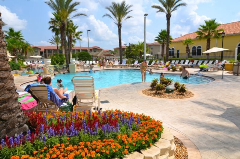 4 Bed 3.5 Bath Townhome In Fantastic Resort Near Disney. 2603CA - Image 1 - Davenport - rentals