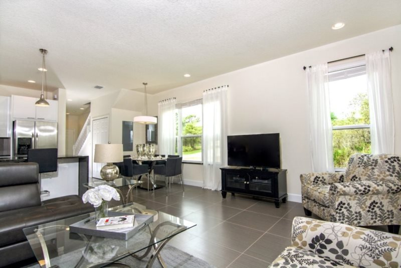 Beautiful 3 Bed 3 Bath Townhome with Private South Facing Splash Pool. 1540TA - Image 1 - Kissimmee - rentals