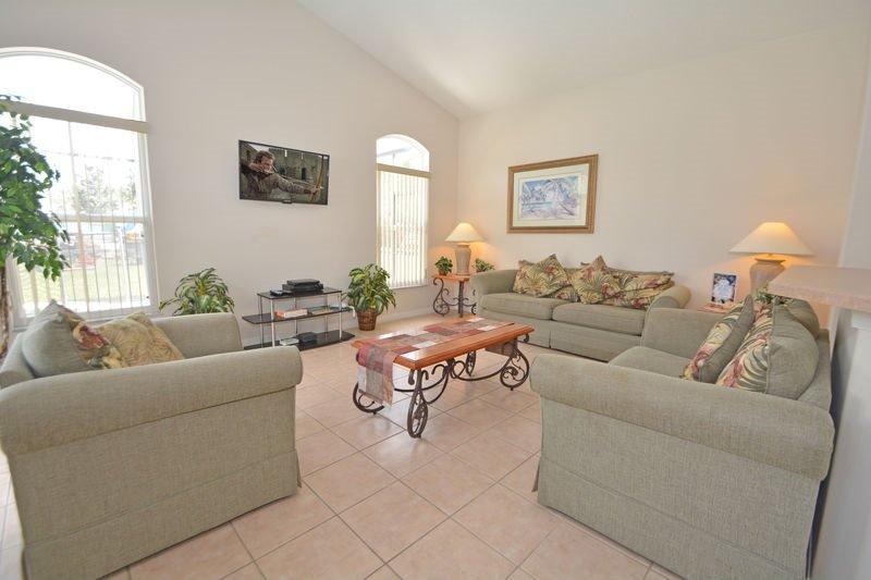 5 Bedroom 3 Bath Pool Home in Tuscan Ridge. 423CD - Image 1 - Davenport - rentals