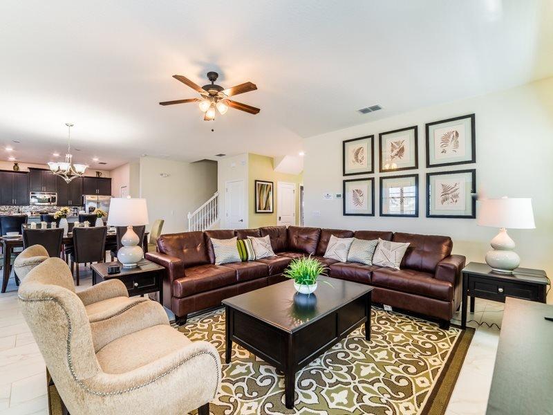 Stunning 6 Bedroom 6 Bath Pool Home in ChampionsGate Resort. 9157CW - Image 1 - Four Corners - rentals