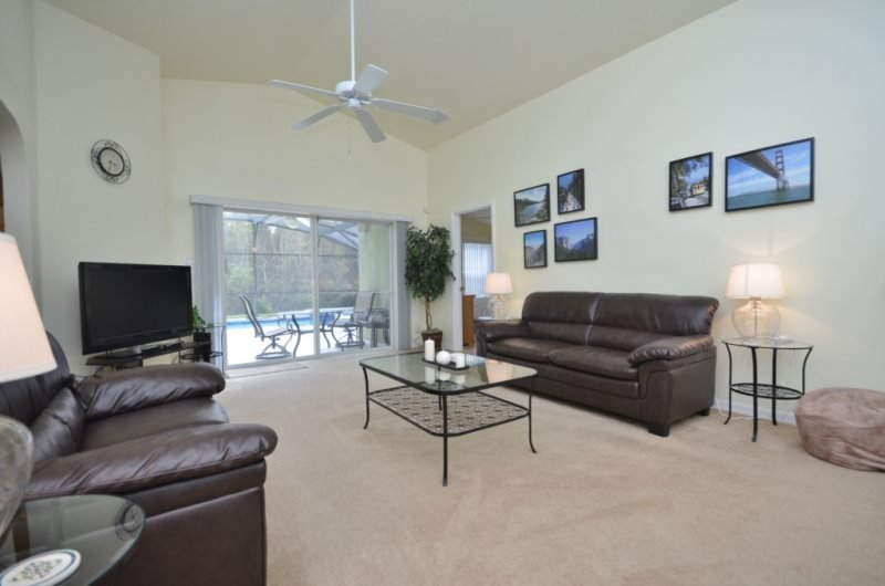 Cheerful 5 Bedroom 3 Bath Pool Home in Sand Ridge.193RBC - Image 1 - Davenport - rentals