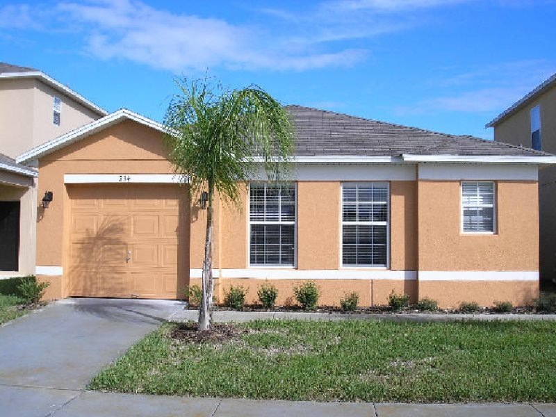 Delightful 4 Bedroom 3 Bath Vacation Home in Sandy Ridge. 234EP - Image 1 - Davenport - rentals
