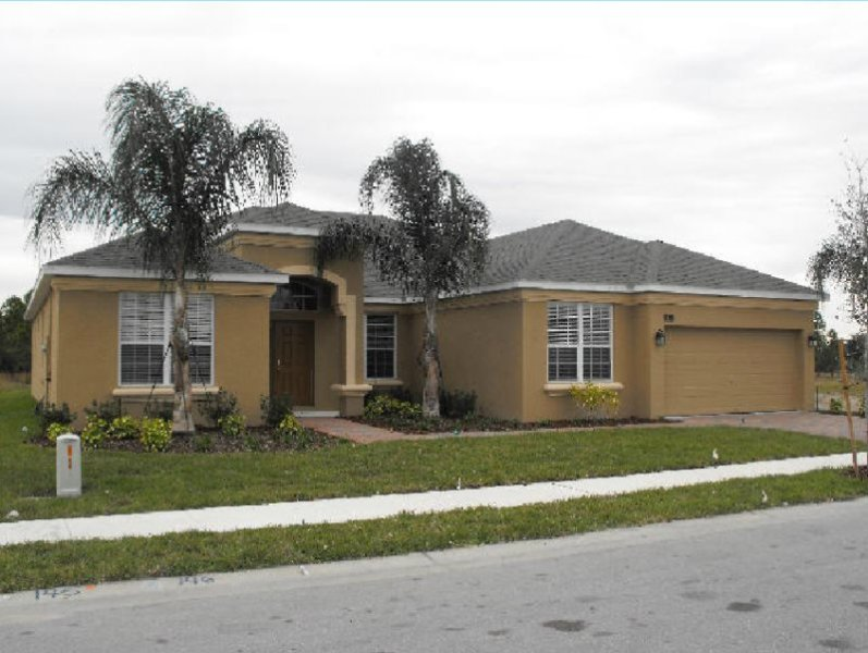 Spacious 5 Bedroom 4 Bath Pool Home in Watersong. 276YSD - Image 1 - Davenport - rentals