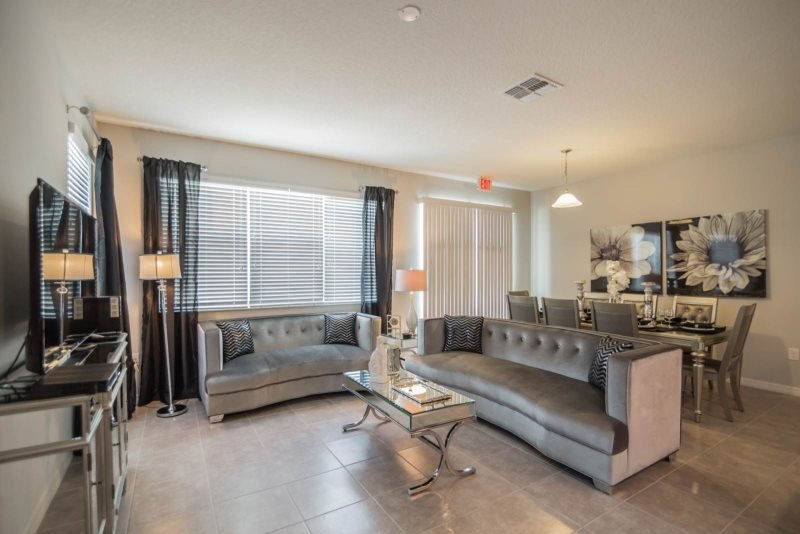 Glamorous 4 Bedroom 3.5 Bath End Unit Town Home Located in Compass Bay. 5137CHD - Image 1 - Old Town - rentals