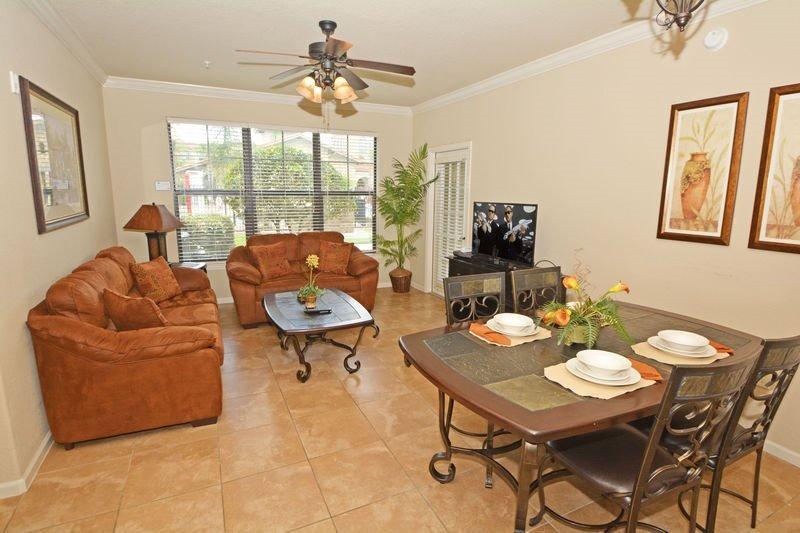 Bella Piazza Resort 3 Bedroom 3 Bath Condo. 906CP-411 - Image 1 - Davenport - rentals