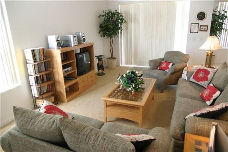 4 Bedroom Pool Home In Highlands Reserve Golfing Community. 105HS - Image 1 - Orlando - rentals