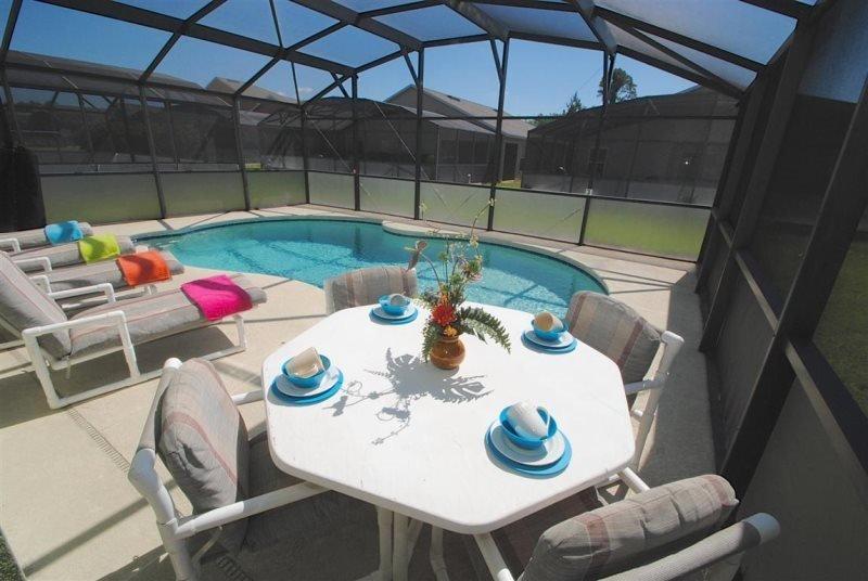 Sandy Ridge 3 Bedroom 3 Bath Pool Home. 320EP - Image 1 - Orlando - rentals