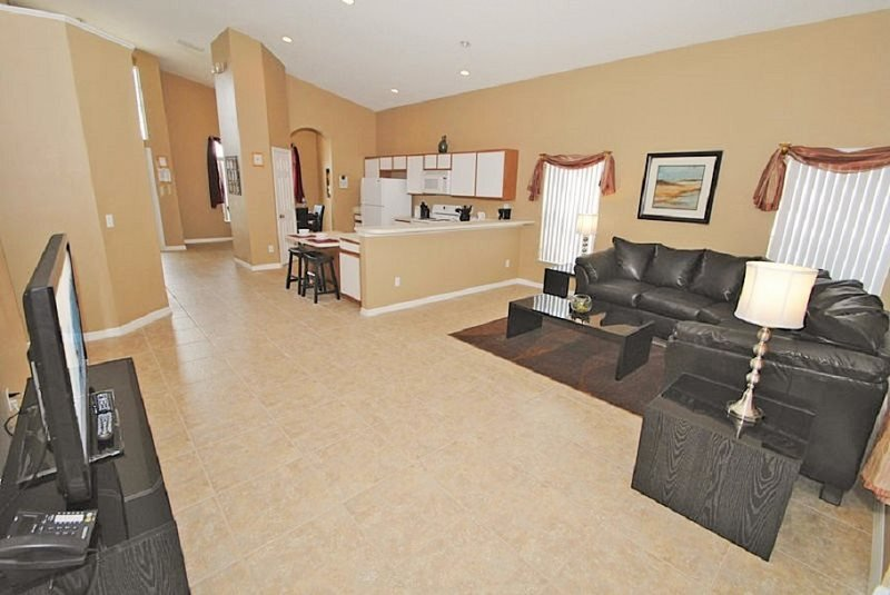 5 Bed 4 Bath Pool Home with Spa and Games Room. 179EV - Image 1 - Orlando - rentals