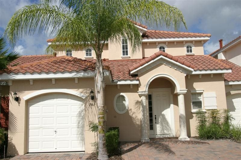 Beautiful Disney Area 4 Bedroom 3 Bath Pool Home. 741BD - Image 1 - Orlando - rentals