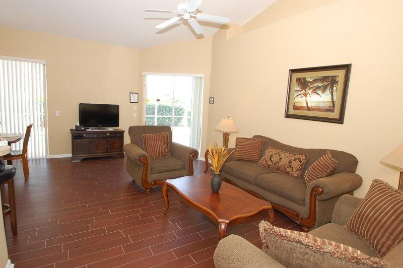 3 Bedroom 2 Bath Tuscan Hills Pool Home with Games Room. 852BD - Image 1 - Orlando - rentals
