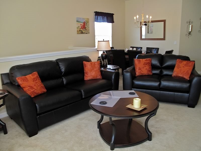 3 Bedroom 2 Bath Luxury Condo Sleeps 8. 7526PW - Image 1 - Orlando - rentals