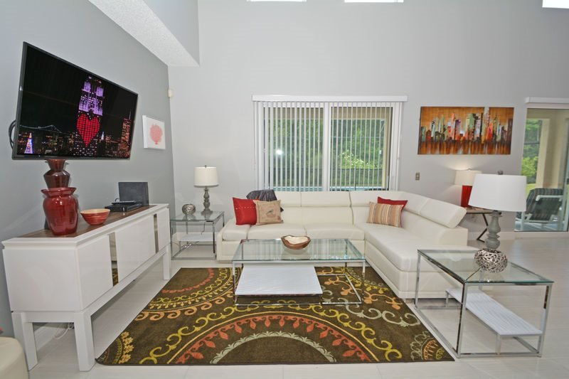 6 Bedroom 3 Bathroom Relaxing Retreat with South Facing Pool. 5322CVD - Image 1 - Orlando - rentals
