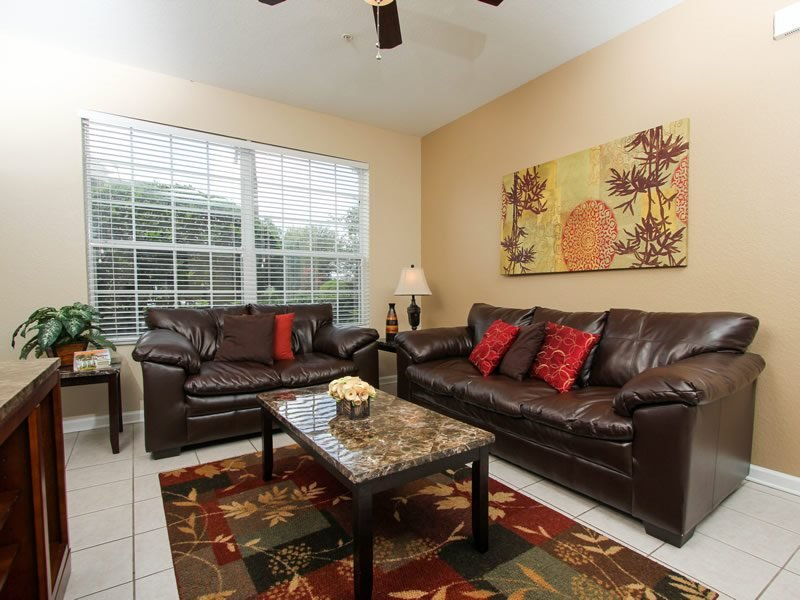 Ground Floor 3 Bedroom 2 Bath Luxury Condo. 7675CS-104 - Image 1 - Orlando - rentals