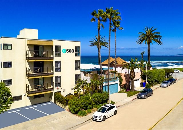 Steps to ocean with views from living room. - Charming La Jolla Condo In The Village w/ Endless Ocean Views - La Jolla - rentals