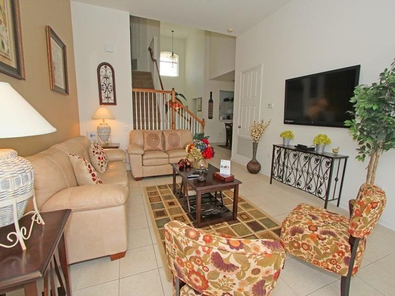 5 Bedroom 5 Bath Pool home in Windsor Hills. 2653DS - Image 1 - Orlando - rentals