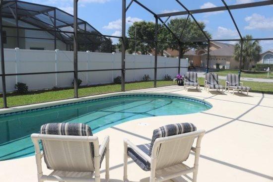 Deluxe 4 Bedroom 3 Bathroom Pool Home at Indian Creek. 2678ACC - Image 1 - Orlando - rentals