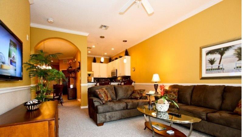 3 Bedroom 2 Bathroom with Lake View. 710NPP - Image 1 - Orlando - rentals