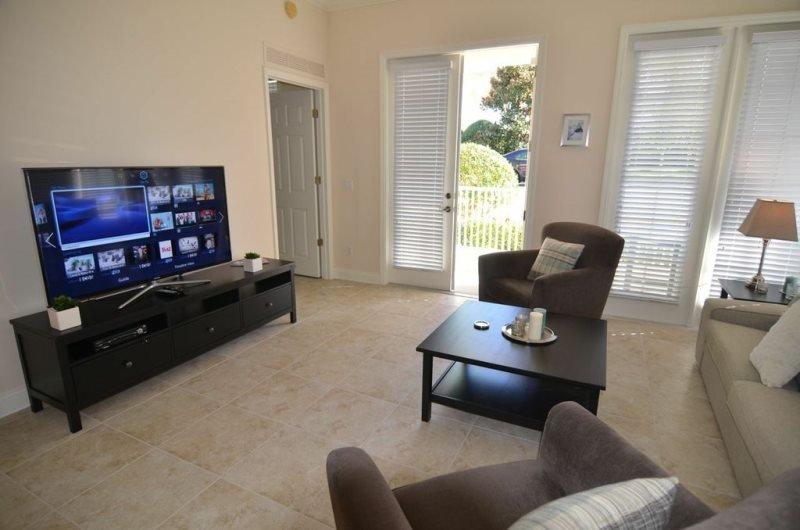 3 Bed 2 Bath Condo at Reunion Golf Resort. 7501MDC-104 - Image 1 - Orlando - rentals