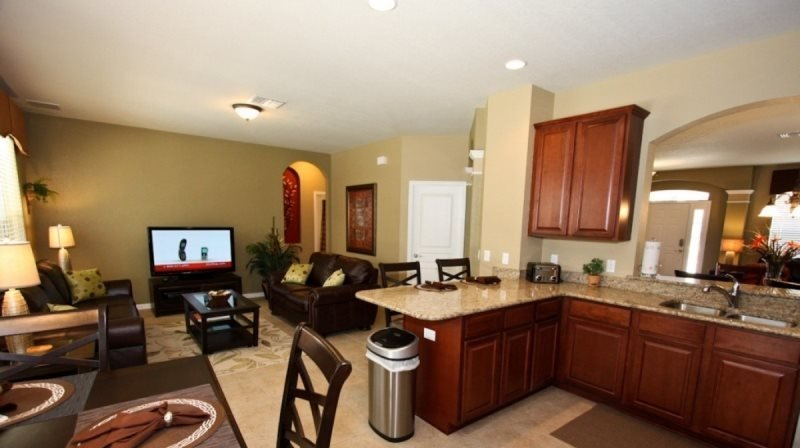 Stunning 6 Bedroom 4 Bathroom Home With Private South Facing Pool. 2540AB - Image 1 - Orlando - rentals