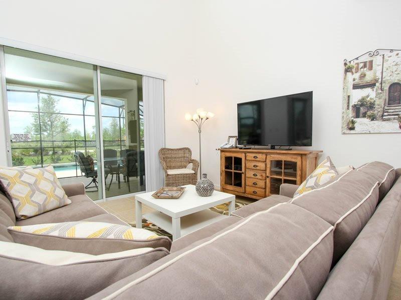 6 Bedroom 5.5 Bedroom Luxury Vacation Home In Solterra Resort. 4396AC - Image 1 - Orlando - rentals